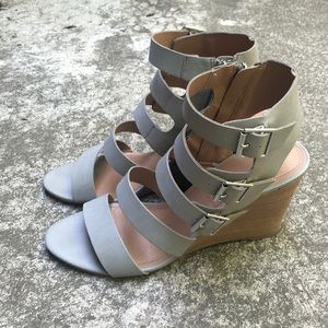 Tahari Grey Wedges